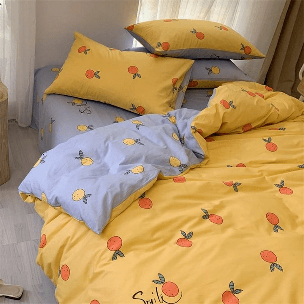 Popular Summer Bedding Ideas To Beautify Your Bedroom 29