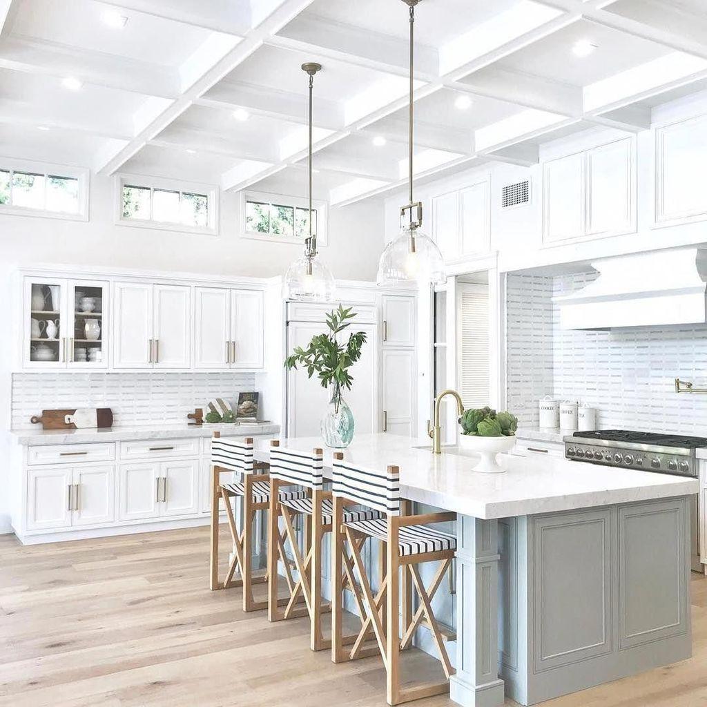 The Best Modern Farmhouse Kitchen Design Ideas 27