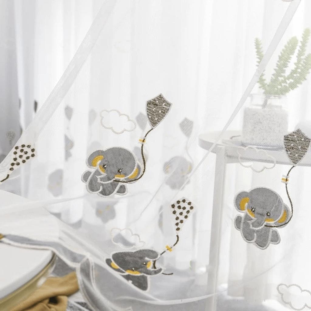 Wonderful Elegant Curtains Ideas For Living Room Decor 10