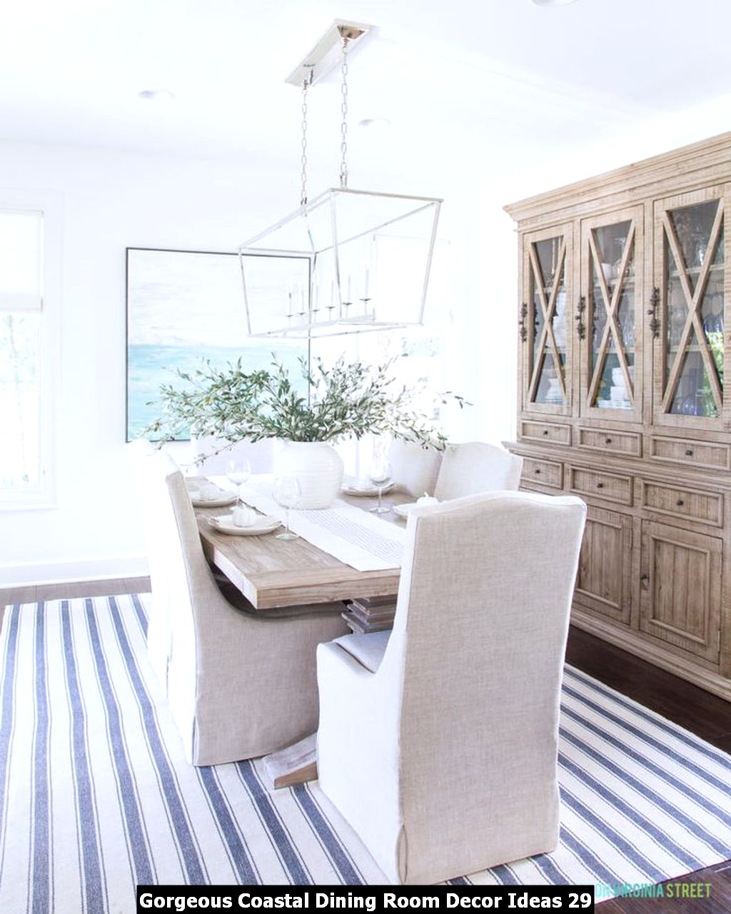 Gorgeous Coastal Dining Room Decor Ideas 29