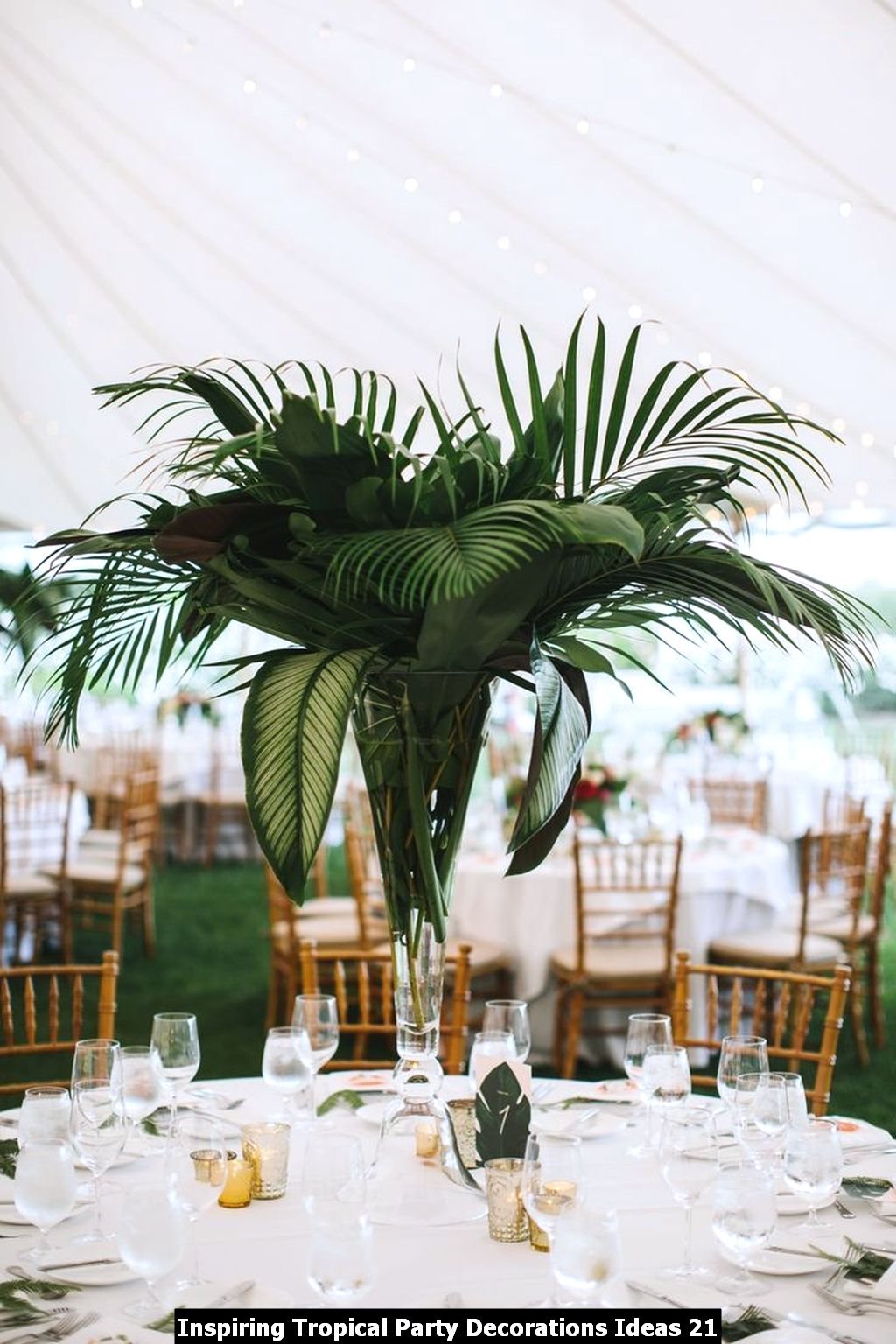 Inspiring Tropical Party Decorations Ideas 21