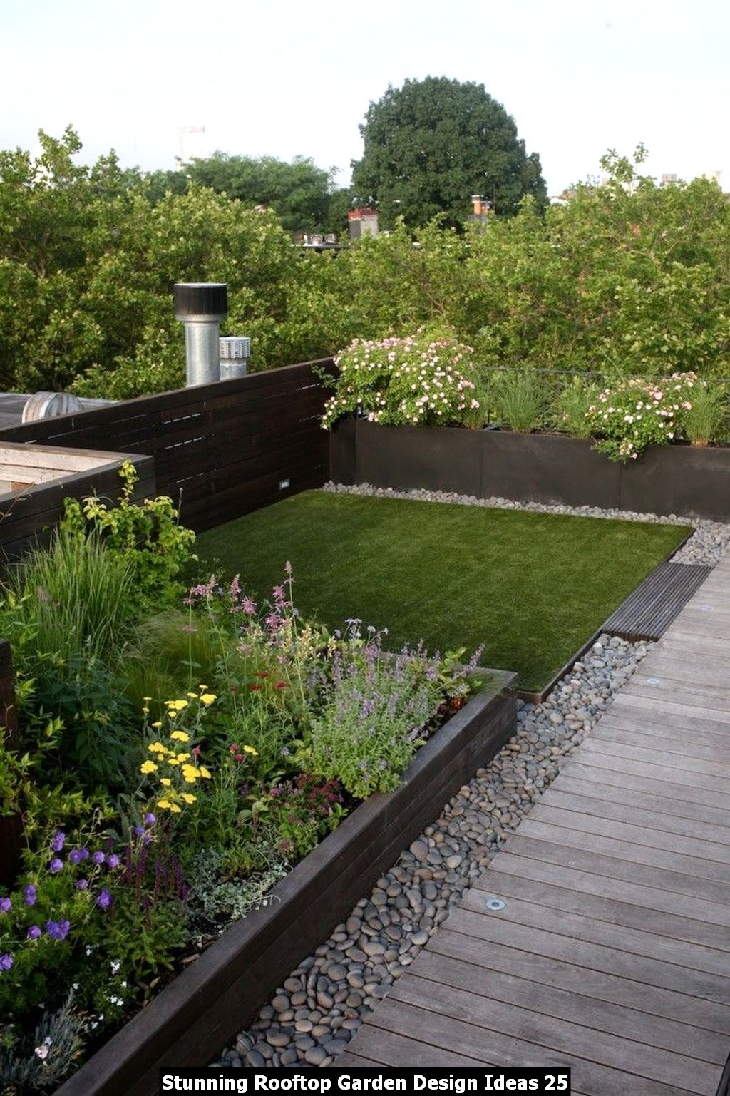 Stunning Rooftop Garden Design Ideas 25