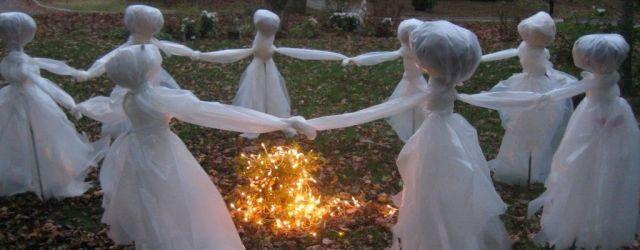 Outside Halloween Decoration Ideas