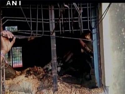 मध्य प्रदेशातील छिंदवाडा जिल्ह्यात रेशनिंग दुकानाला आग; २० जणांचा मृत्यू