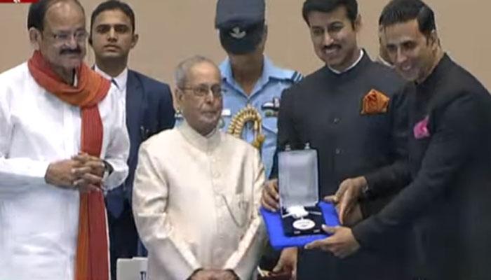 राष्ट्रीय चित्रपट पुरस्कार वितरण : अक्षय कुमार, सोनम कपूर सन्मानित