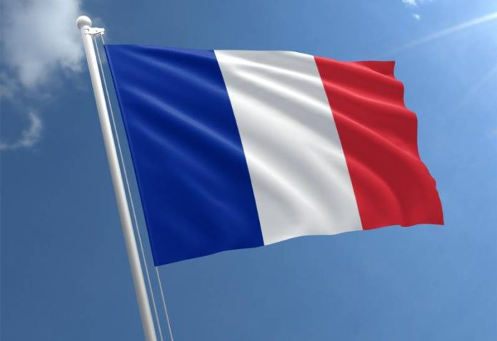 अमेरिका नसली, तरी इराण आण्विक करार चालूच राहणार – फ्रान्स