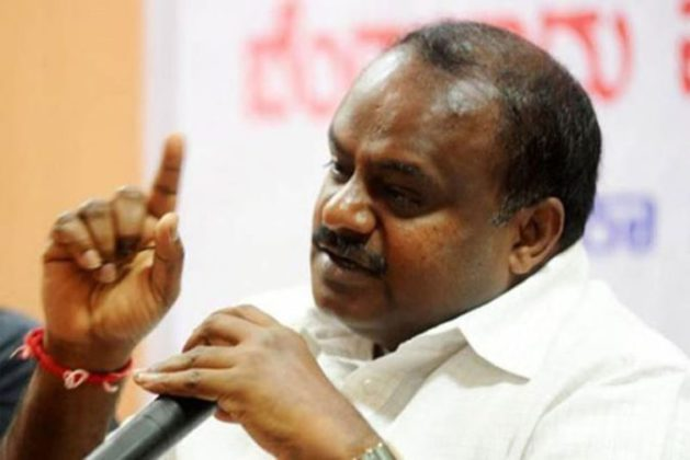 कर्नाटकातील शेतकऱ्यांना १५ दिवसांत मिळणार कर्जमाफी
