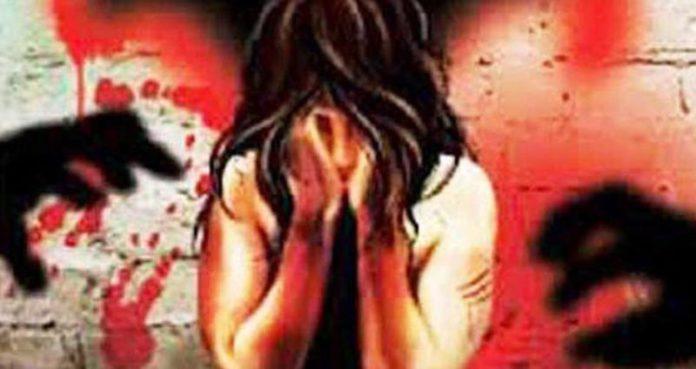 झारखंड मध्ये अल्पवयीन मुलीवर सामुहिक बलात्कार व जीवंत जाळले