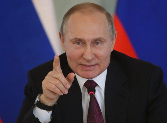 पुतीन आणखी सहा वर्षांसाठी रशियाचे अध्यक्ष