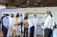 मुंबई- बीकेसी येथील कोरोना रुग्णालयास मुख्यमंत्री-उपमुख्यमंत्री यांची भेट