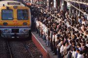 आनंदाची बातमी : मुंबई लोकल सुरू होण्याचा दिवस ठरला