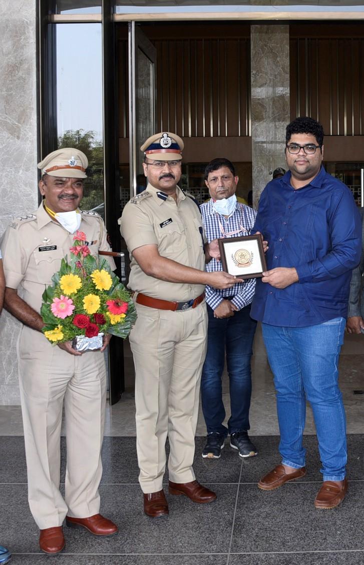 पिंपरी चिंचवड पोलीस आयुक्तालयाकडून डॉ. डी. वाय पाटील रुग्णालयाचा गौरव