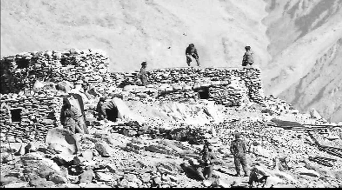 लडाख सीमेलगत चीनची सैन्यतैनाती; लष्करप्रमुख नरवणे यांच्याकडून चिंता व्यक्त