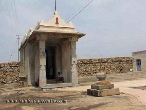 shravanabelagola_chandragiri_20111020_1583808282