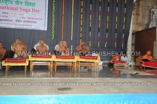 Shravanabelagola-Bahubali-Mahamasthakabhisheka-Mahamastakabhisheka-2018-International-Yoga-day-Celebration-0001