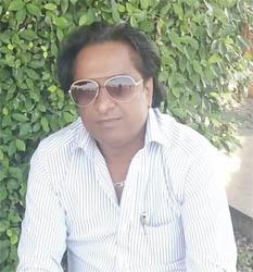 मैं ये किसके नाम लिखूं, जो ये आलम गुजर रहे हैं, मेरे अपने जल रहे हैं मेरे शहर उजड़ रहे हैं : यतीश शर्मा