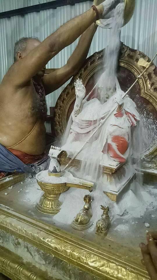 Mahaperiyava-Mambalam3
