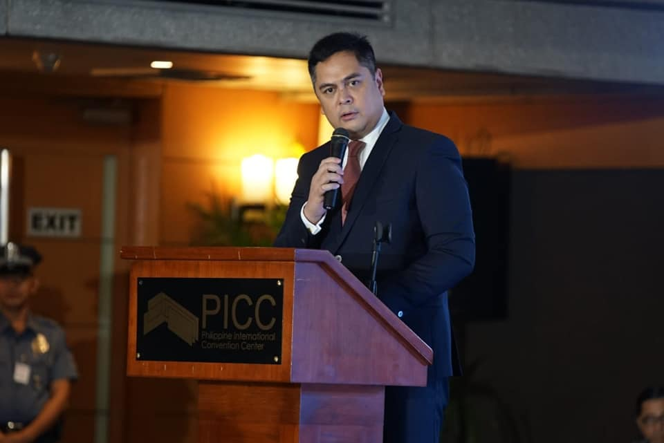 Andanar extends sympathies to Cebu governor on death of 2 brothers
