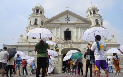 Allow more people in churches to prevent 'outside crowd': prelate