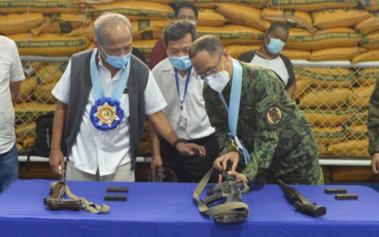 Cusi donates P500-K seed fund for livelihood of rebel returnees