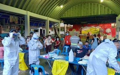 Pasig conducts Covid-19 testing for typhoon victims