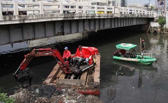 SMC rids Tullahan of 83,600 MT of trash and silt, to intensify cleanup before rainy season
