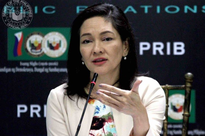 Hontiveros urges gov't to obtain final Sinovac data before accepting jabs as 'gifts'