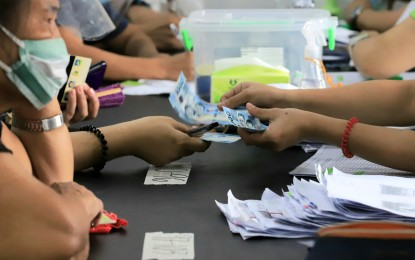 ECQ aid distribution rate now at 67%: DILG