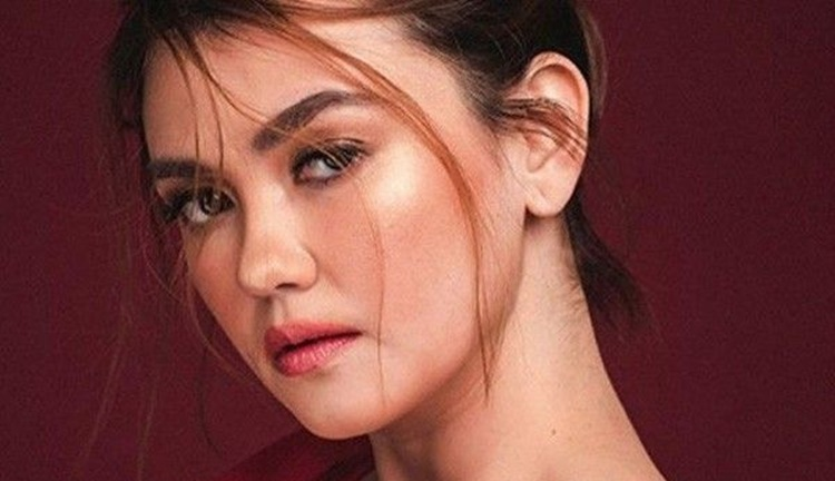 "Angelica Panganiban hits back at basher who called her ""laos"" on Twitter"