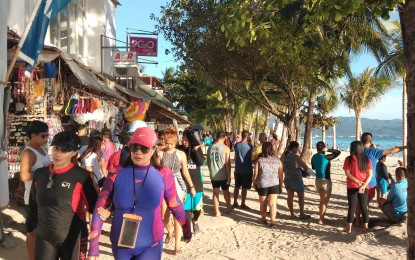 250K displaced tourism workers get cash aid: DOLE