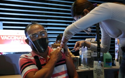 Taguig opens 7th vaccination hub in shopping mall