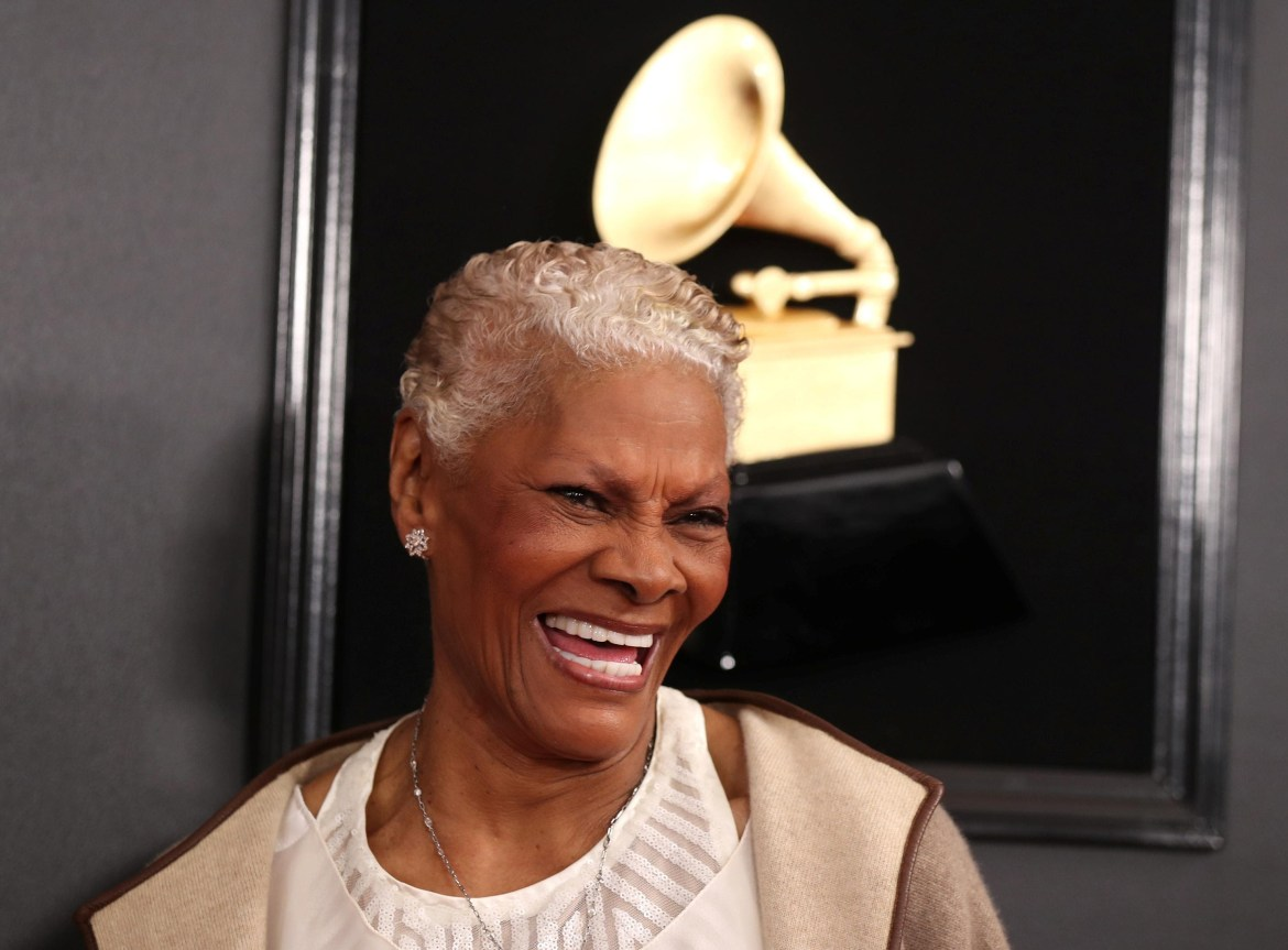 Pop diva Dionne Warwick is now certified 'Queen of Twitter'