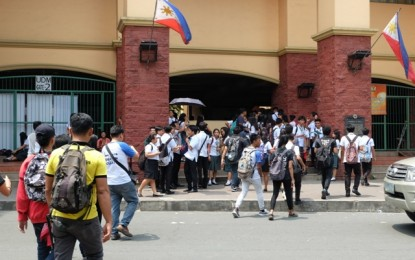 1.6M Pinoy students benefit from free higher educ program