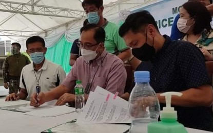 Pangasinan takes over rice processing complex ops