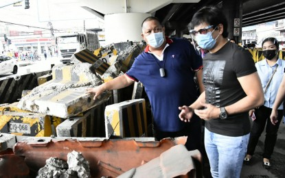 MMDA to clear obstructions under Edsa flyovers, Skyway