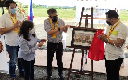 Bulacan State University breaks ground on new P324-M building