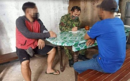 2 CPP-NPA supporters from Capiz yield