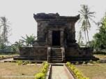 candi badhut, badhut temple, temple of east java, temple of indonesia, candi di jawa timur, candi di indonesia