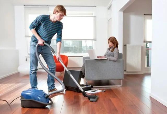 contoh iklan vacuum cleaner