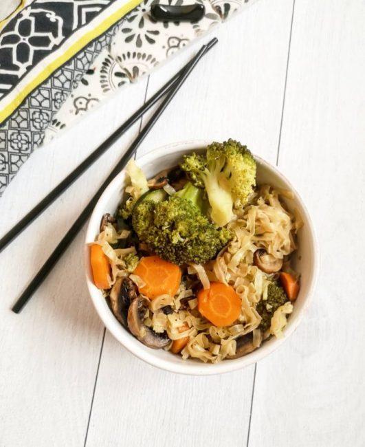 Wok végétarien Nouilles et Légumes - Recette Ma Healthy Tendency