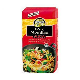 Wok de poulet nouilles asiatiques et légumes croquants - Nouilles Natur Compagnie - Recette Ma Healthy Tendency