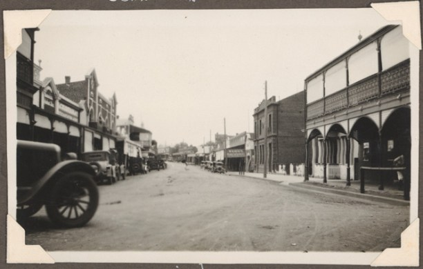 Gaskill Street, Canowindra in 1929.  Source: State Library of NSW