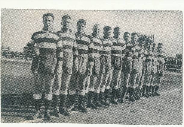 Temora 1930 - (left to right) Eric Weissl (Capatain/Coach), Eric Curran, Reg Maker, Snowy Marsh, Leo Curran, Ted Payne, Arthur McShane, Allan Lynch, Scull Turner, ??? Lewis, Joe Constable, Jack Stevenson, Frank Blundell. Source: Temora Dragons Rugby League Club via Facebook.