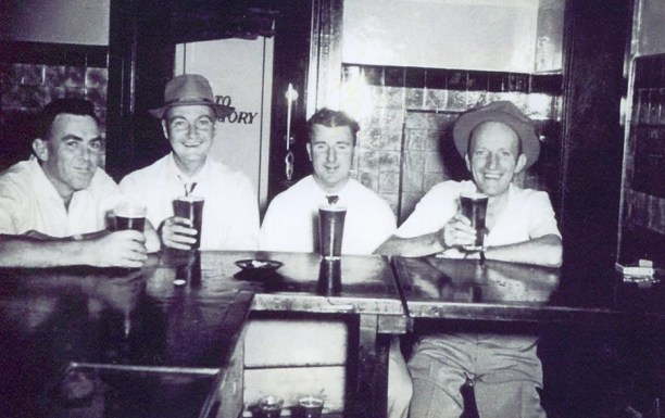 Jack Coulton, Ray Dunn, Vince Sullivan and Gordon Hardwick share a beverage at the Royal Hotel, Gundagai. c1950 Source: Barry Luff Via Lost Gundagai on Facebook