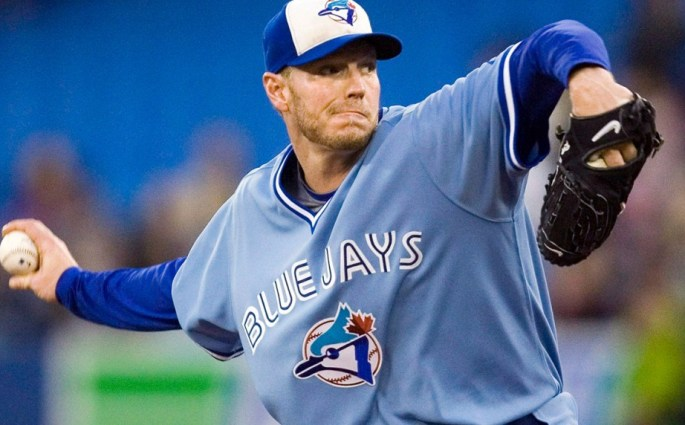 Halladay plans to get back into baseball, possibly with Blue Jays