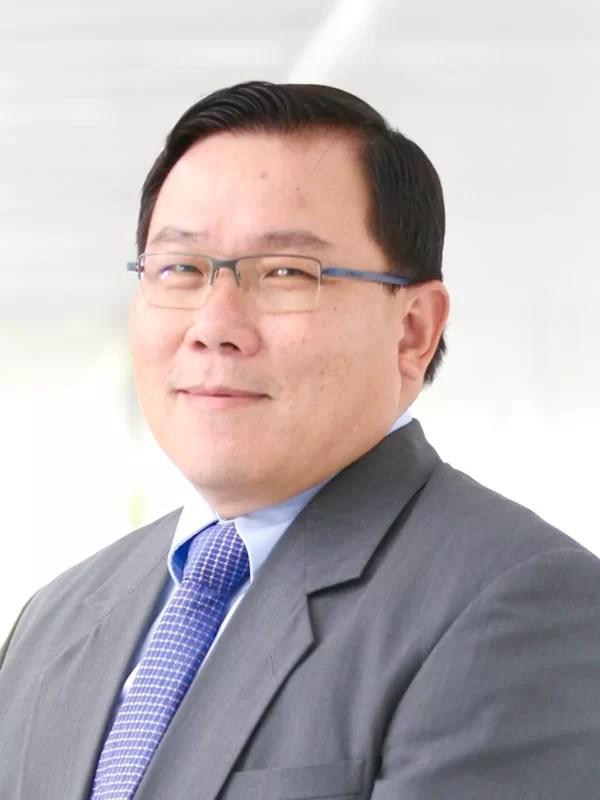 Dr Patrick Cheah Wei Chen spesialis Internist Terbaik Malaysia