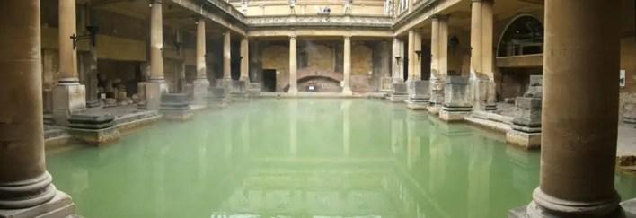 الحمام الروماني في باث، إنجلترا