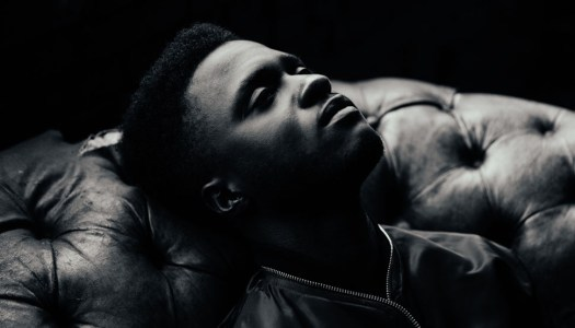Kwabs Performs A Powerful New Live Song