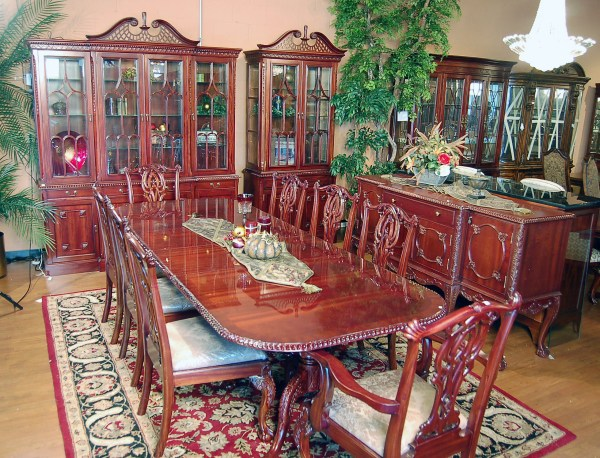 Mahogany Chippendale Dining Room Set
