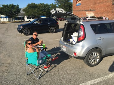 THE SCAVENGERS tailgated in style!